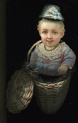 Alter Weihnachtsschmuck Christbaumschmuck Baby-Oblate+blaues Hütchen im Korb