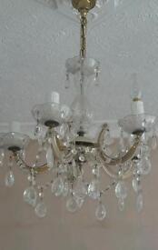 Chandeliers lighting