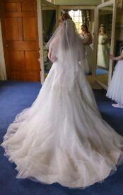 Mark Leslie 2080S Ivory Wedding Dress Size 16