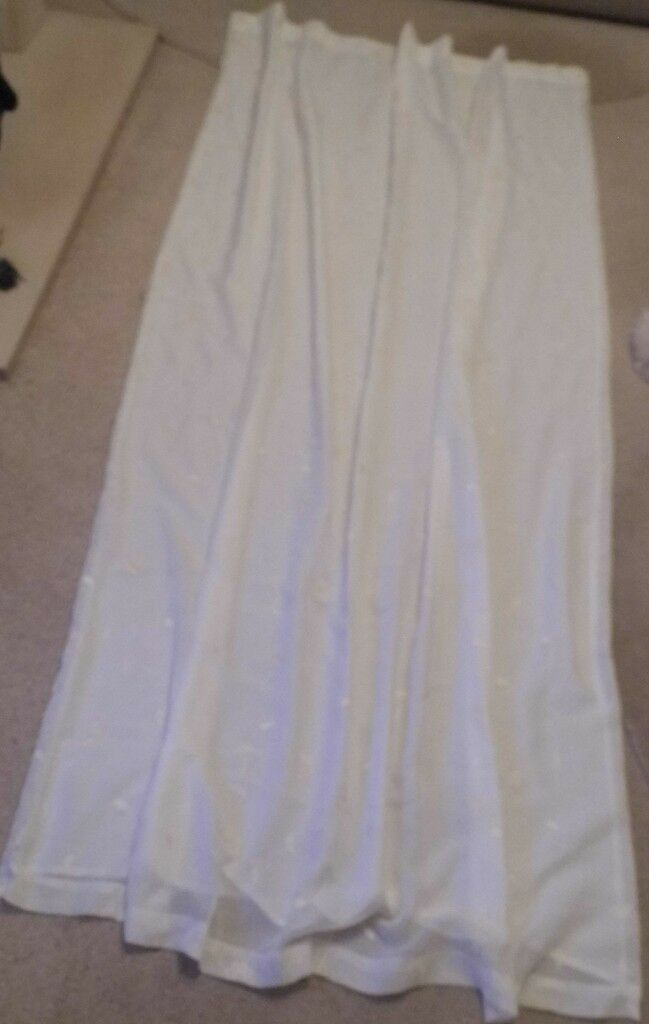 """IVORY EMBROIDERED CURTAIN PANEL WITH 3"""" HEADER TAPE 50"""" X 90"""" - NEW & UNUSED"""