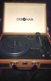 DEBONAIR portable record player ( briefcase )