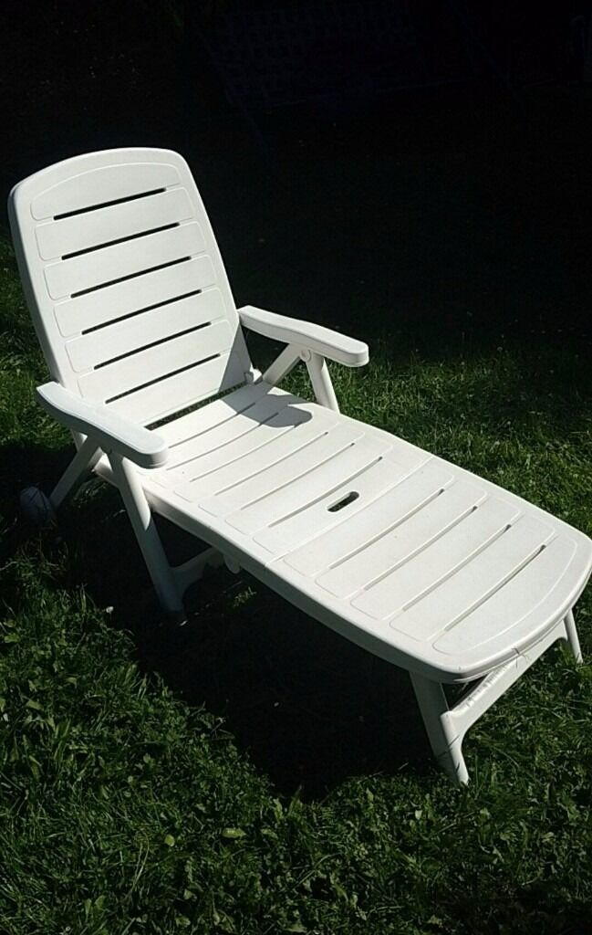 Flair Plaisir Hard White Plastic Sun Lounger Recliner On Wheels In Bishops