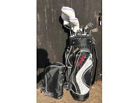 Spalding Golf clubs set + bag (used once!)