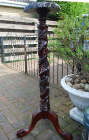 TALL CARVED MAHOGANY PLANT STAND