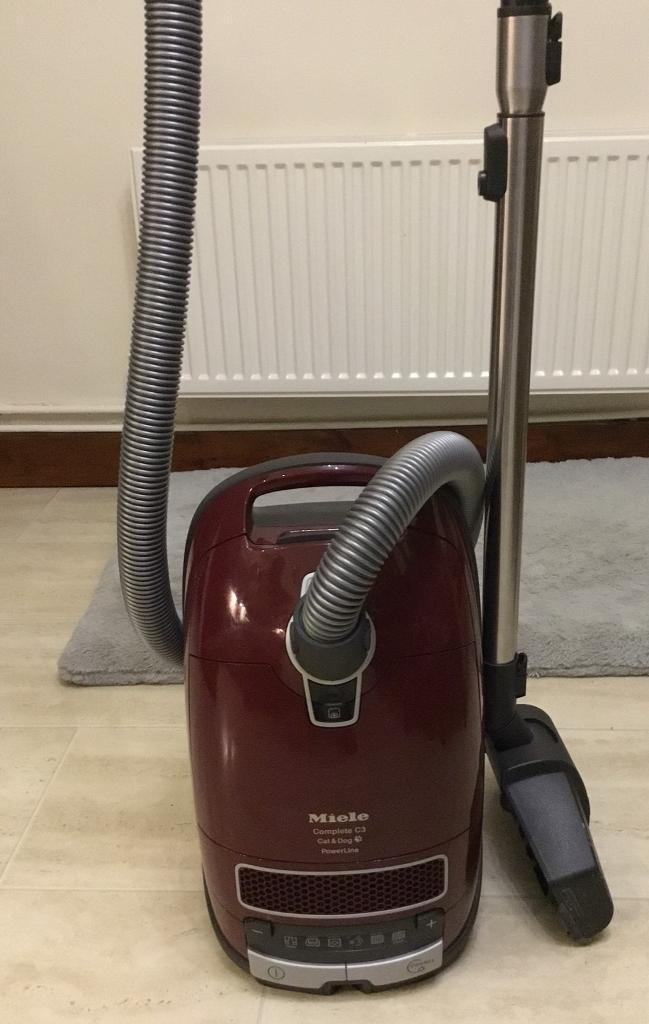 MIELE C3 Dog and cat hoover