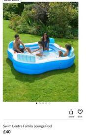 Brand new Luxury lounge swimming pool