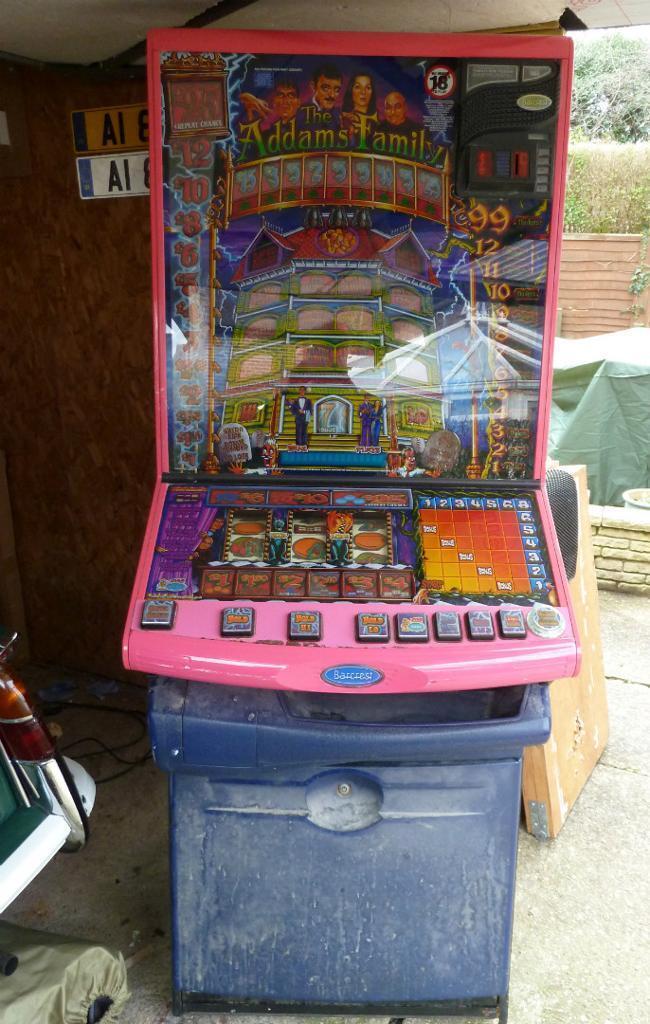 Adams Family Slot Machine