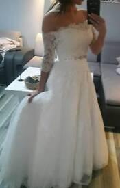 Wedding Dress Madonna. Size 36/38. Beautiful and elegant.