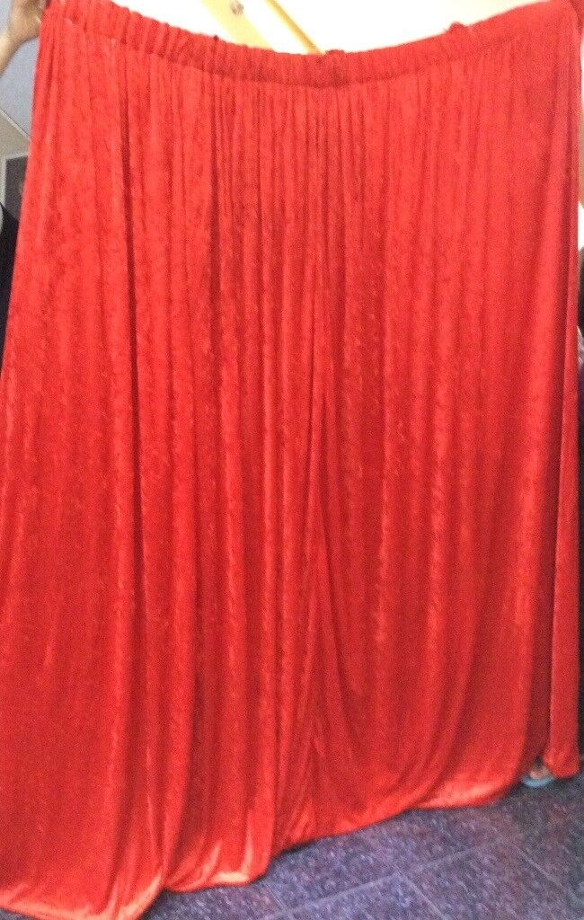 Curtains, a pair of red velvet with lining
