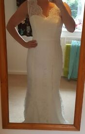Brand new size 10 wedding dress