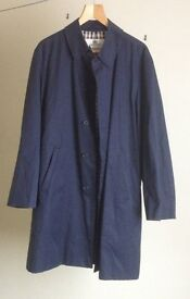 Aquascutum Broadgate raincoat , size 42/44