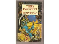 Reaper Man: (Discworld Novel 11) (Discworld Novels) Paperback by Terry Pratchett