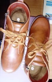 Pavers ankle boots - Tan new in box - size 3 / 36