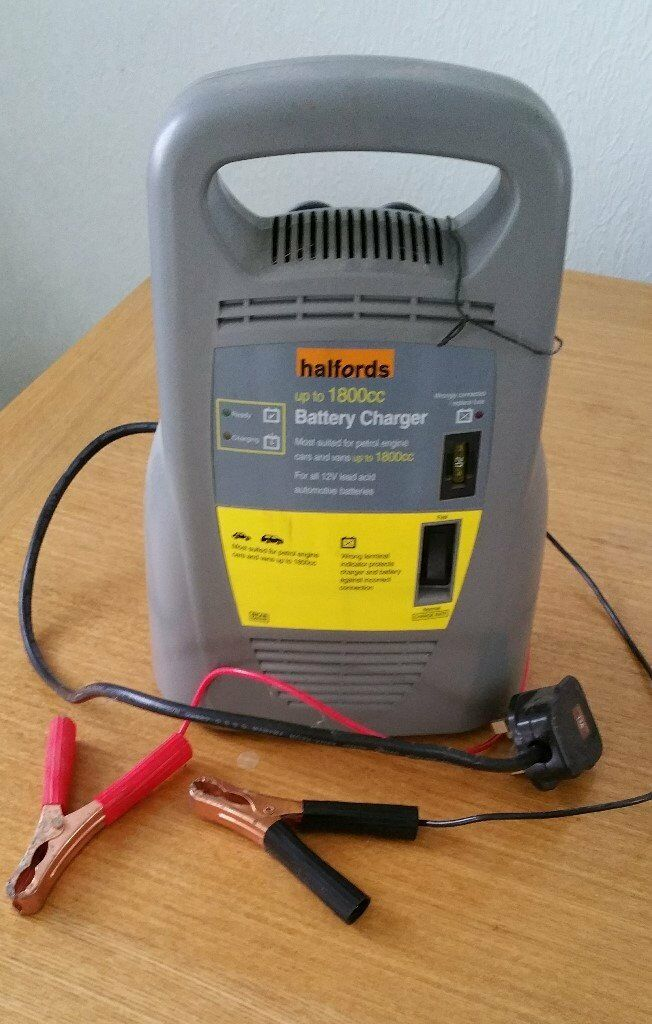 Halfords Battery Charger In Aylesbury Buckinghamshire