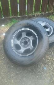 Ford explorer alloys and tyres