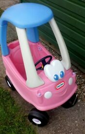 LITTLE TIKES PINK COZY COUPE CAR - in good condition