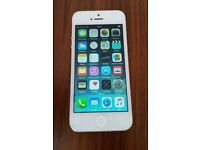 Apple Iphone 4 White. In lovely, unmarked condition. on EE/Orange