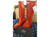 Sporting Hares Ascot Boots in Cherry Red size 6