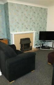 Single room in professional shared house