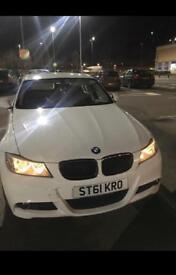BMW WHITE M SPORT 2011 manual 1.9