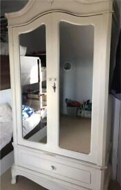 Laura Ashley armoire Wardrobe Chic Delivery poss