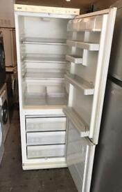 Bosch Duotronic Nice Fridge Freezer ( Fully Working & 90 Days Warranty)