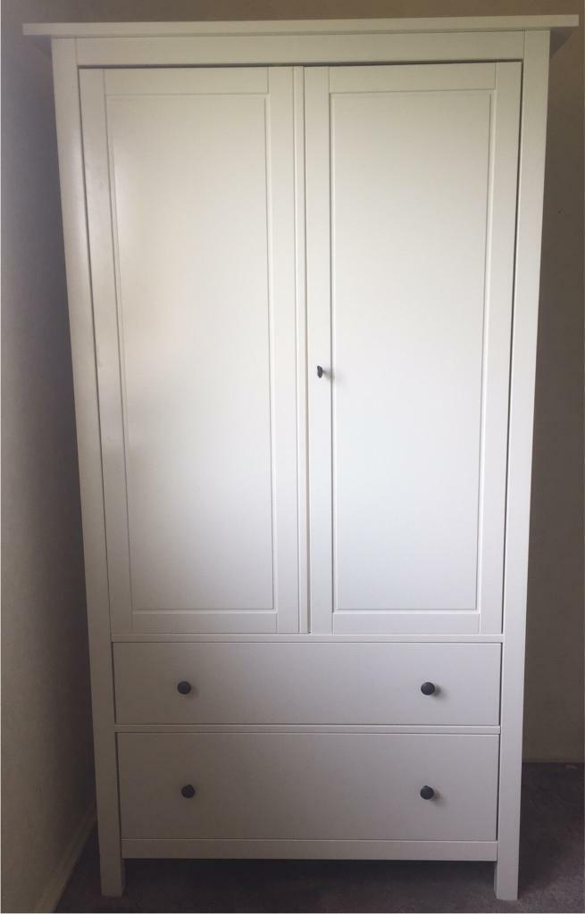 Ikea hemnes wardrobe with lock white in dunfermline for Ikea comodino hemnes
