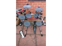 Yamaha DTXpress 3 electronic drum kit including headphones, bass pedal and double aux cable