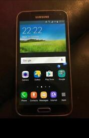 Galaxy S5 gold 16gb unlocked in good condition