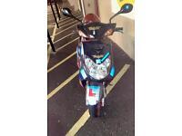 Moped Yamaha Motorscooter Cygnus X 125cc 9946Milage