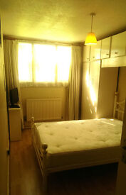 ROOM AVAILABLE IN WOOD GREEN, NORTH LONDON FOR A GIRL (£125 PW)