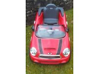 Kids electric 6v ride on cars. Audi S5 Cabriolet and Mini Cooper Hatch.