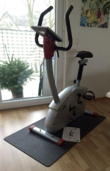 heimtrainer ergometer christopeit et 6 inkl antirutschmatte in baden w rttemberg karlsruhe. Black Bedroom Furniture Sets. Home Design Ideas