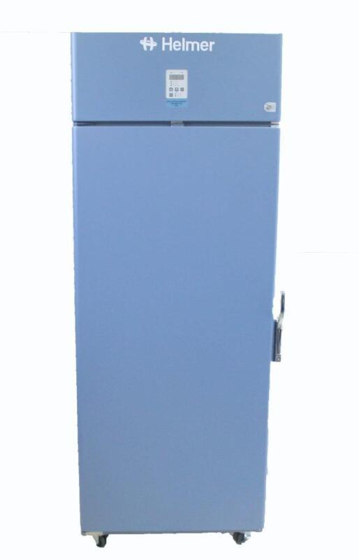 Helmer HLF120 Horizon Series Lab Freezer -30°C 208V w Shelves & Casters (6195)