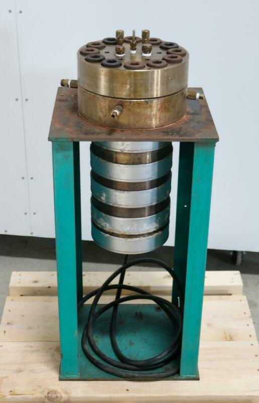 2 Gallon, 316 SS Bolted Closure Laboratory Reactor 3,000 PSI @ 650°F