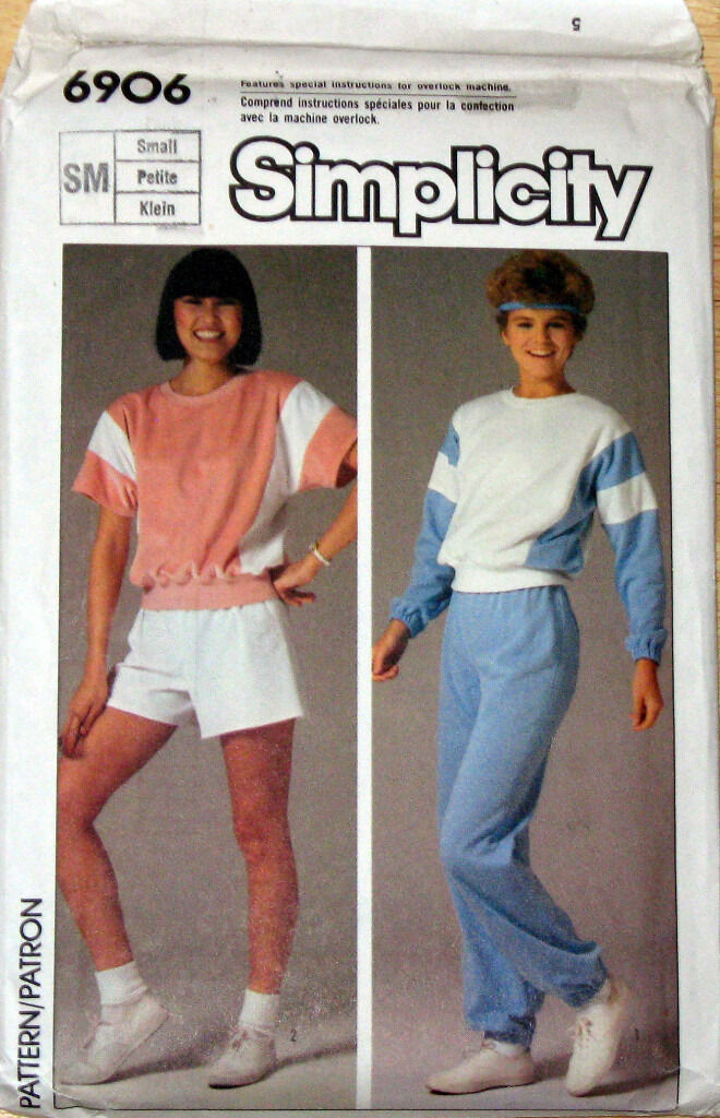 5 ASSORTED SEWING PATTERNS FOR WOMEN AND MEN ALL UNUSEDin Hull, East YorkshireGumtree - SIMPLICITY 6906 IS TO MAKE ( PULL ON PANTS AND SHORTS A PULLOVER TOP ) size small SIMPLICITY 6426 mens ( pull on pants or shorts / pullover top & unlined hooded jacket) size m VOGUE SPORT 8180 UNISEX JACKET AND COAT IN SIZES XS S M SIMPLICITY 7357...