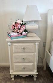 White shabby chic drawers