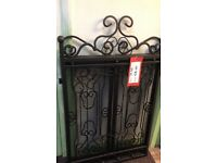 LARGE WROUGHT IRON FIRE GUARD