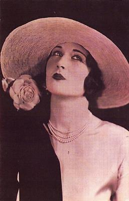 Postcard Nostalgia 1925 London Fashion The Gibson Girl Hat Reproduction Card