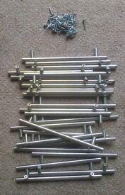 25 Used modern kitchen unit door handles