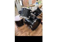 Starter Acoustic Drum Kit
