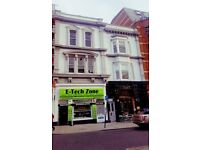 Office spaces available suitable for 2 to 4 people very close to Brighton Station.