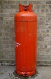 Propane cylinder to avoid the winter gas crisis