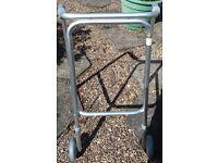 Aluminium lightweight walking frame