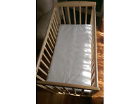 Kinder Valley Kai Compact Cot with Kinder Valley Flow Mattress