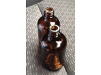 100 ml brown bottles with plastic tops