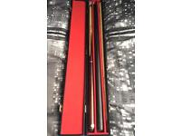 4 piece snooker cue with case in great condition