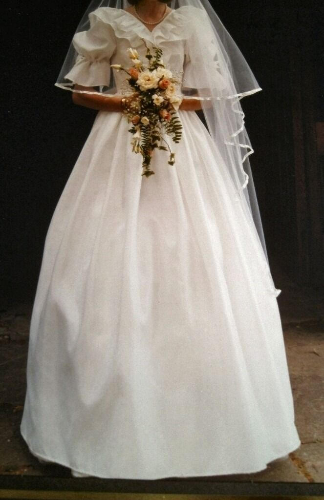 Vintage White Wedding Dress 1980s \'Lady Diana Style\' 6-8 | in ...