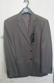 Brand new man's 3 piece suit
