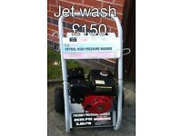 High pressure petrol pressure washer